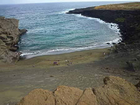 D05-081-Green Sand Beach.JPG