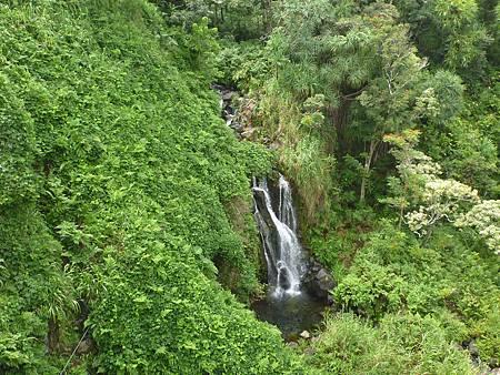 D06-079-Umauma Falls.JPG