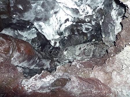 D06-145-Kaumana Caves.JPG