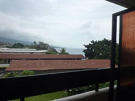 D07-033-Kona Seaside Hotel.JPG