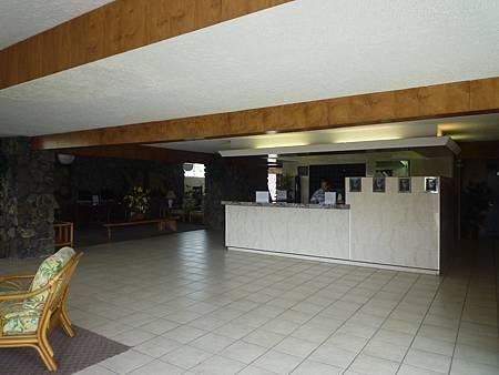 D07-041-Kona Seaside Hotel.JPG