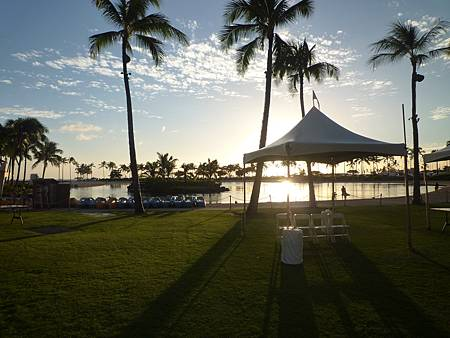 D08-057-Hilton Hawaiian Village.JPG