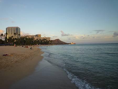 D08-068-Hilton Hawaiian Village.JPG