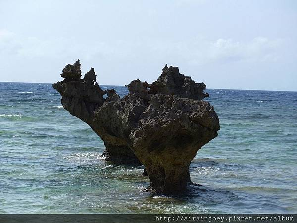 D03-305-心型岩