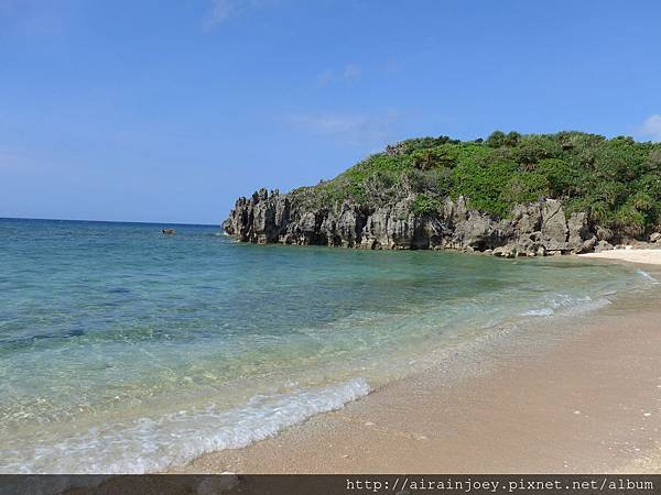 D03-331-古宇利島筒狀空洞地形群海灘
