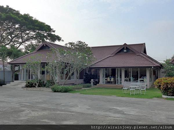 D09-007-Amarin Resort.jpg