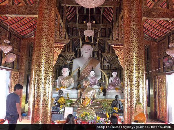 D02-222-Wat Inthakhin Saduemuang.JPG