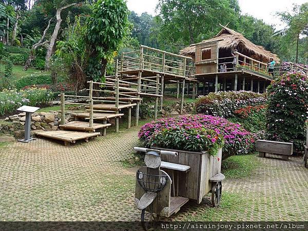 D07-178-Mae Fah Luang Gardens.jpg