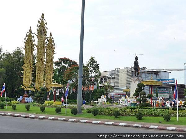 D08-207-孟萊王紀念碑.jpg