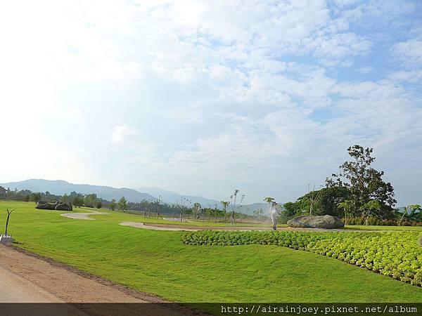 D08-216-Singha Park.jpg