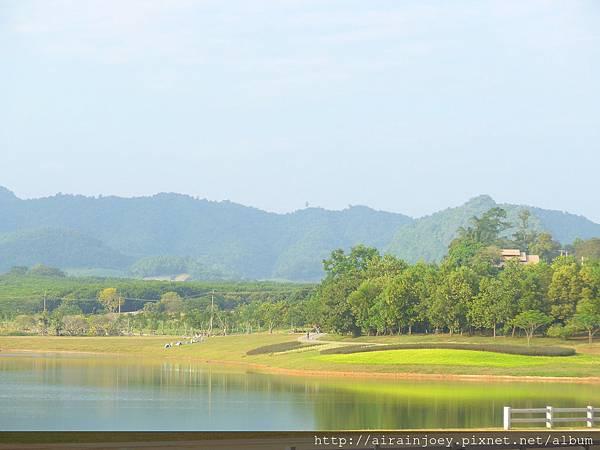 D08-221-Singha Park.jpg
