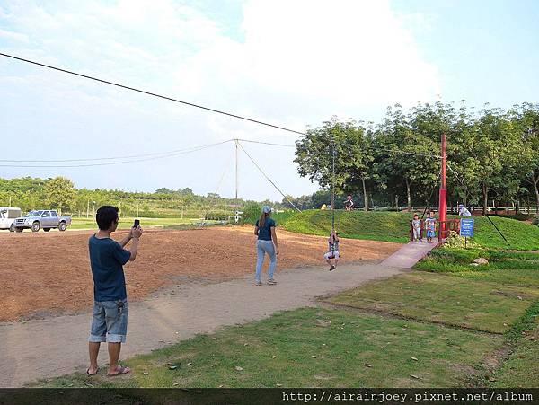 D08-228-Singha Park.jpg