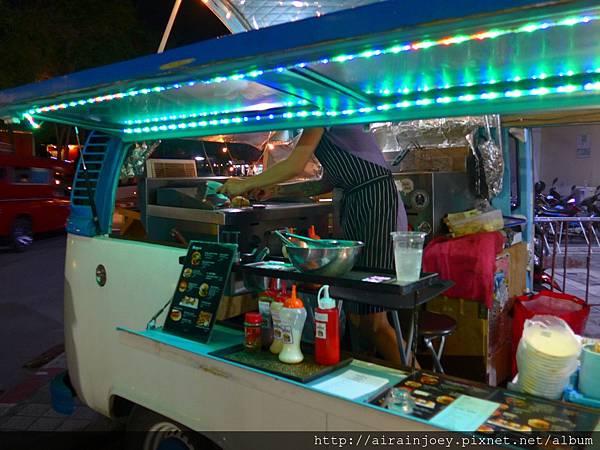 D03-436-The Burgerholic Gourmet.jpg