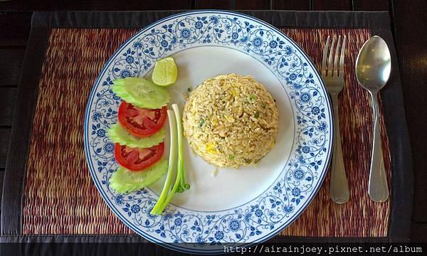 D06-224-010-3 SIS restaurant.jpg