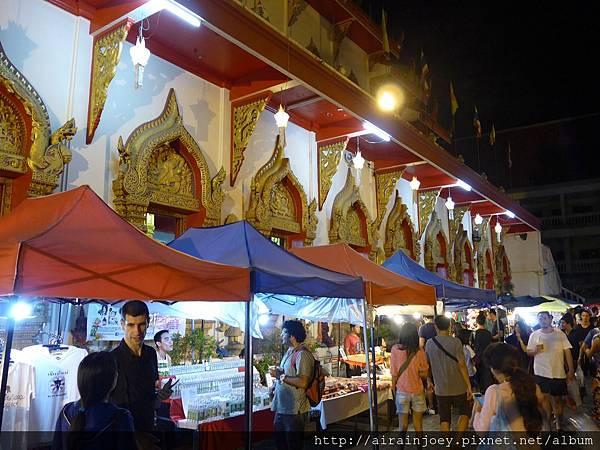 D02-324-Wat Phan On.jpg