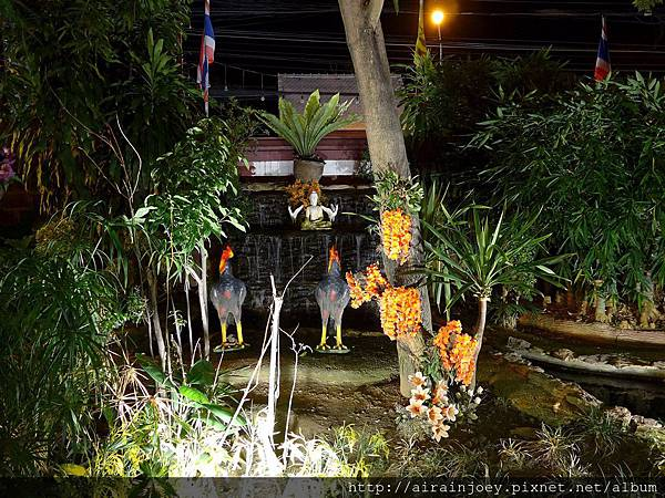D02-323-Wat Phan On.jpg