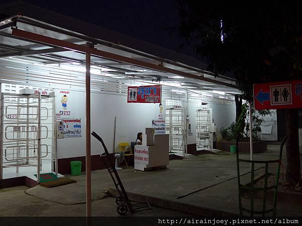 D06-464-清萊夜市.jpg