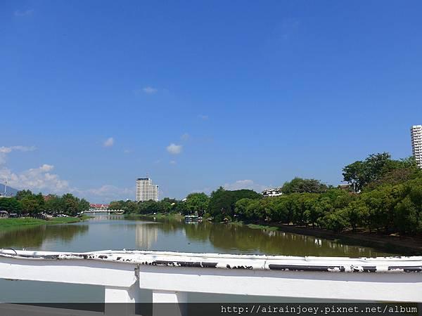 D03-051-Ping River.jpg