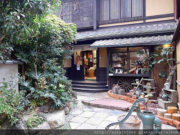 D06-333-二年阪.jpg