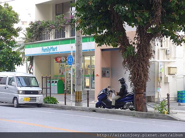 D02-007 Naha West Inn.jpg