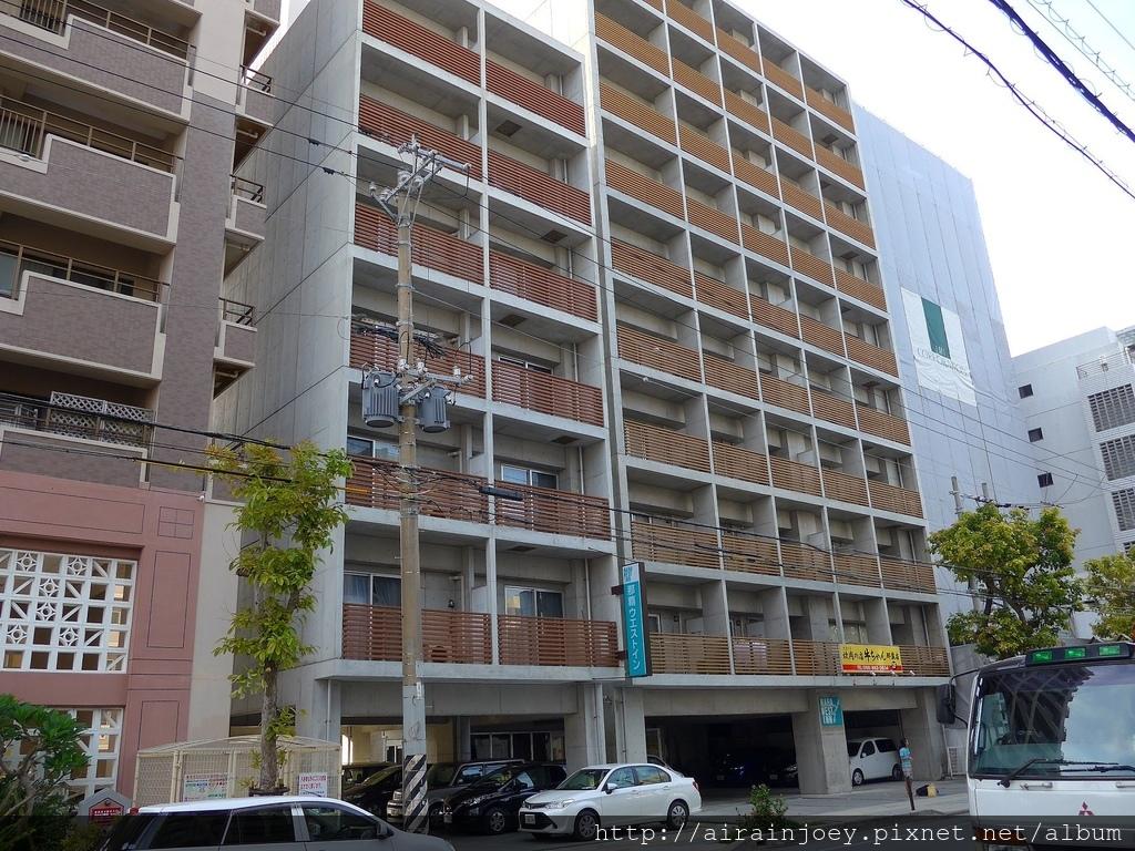 D02-010 Naha West Inn.jpg