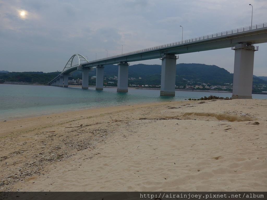 D03-087 瀨底大橋下海灘.jpg