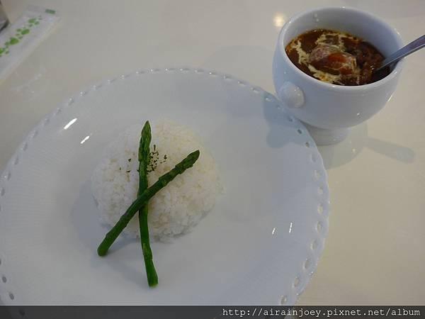 D03-244 Cafe Restaurant LA TiLLA.jpg