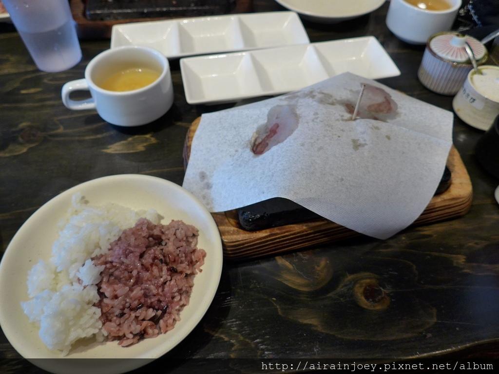 D06-102 Yappari Steak 3號店.jpg