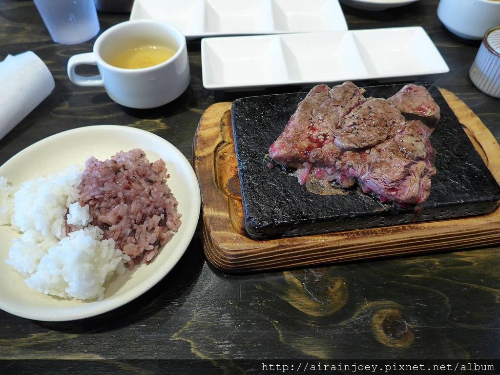 D06-103 Yappari Steak 3號店.jpg