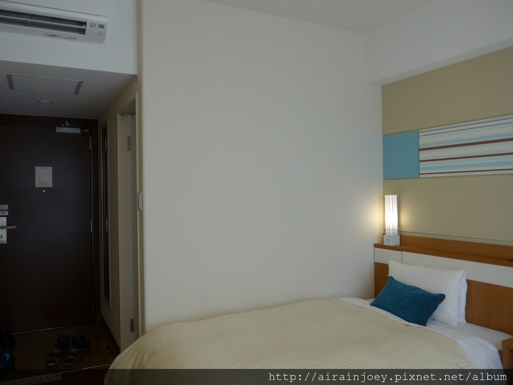 D04-090 Vessel Hotel Campana Okinawa.jpg