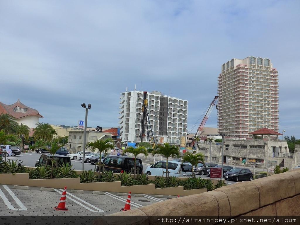 D04-111 Vessel Hotel Campana Okinawa.jpg