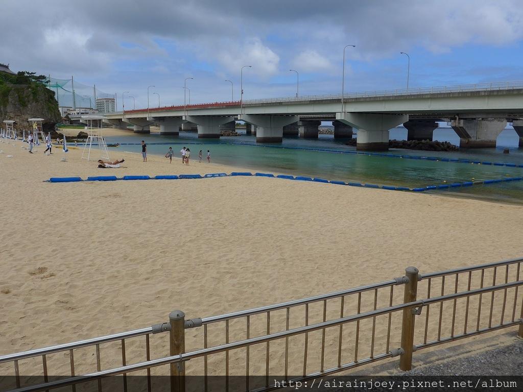 D06-070 波之上海灘.jpg