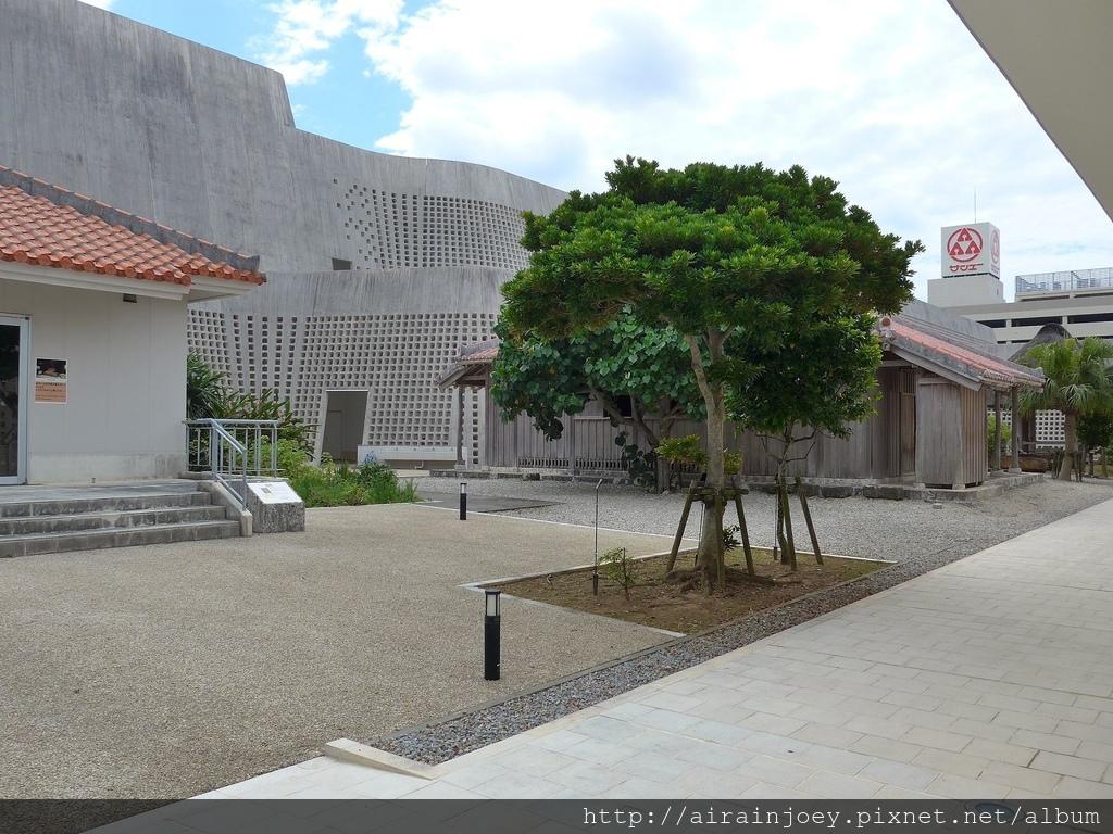 D09-025 沖繩縣立博物館.jpg
