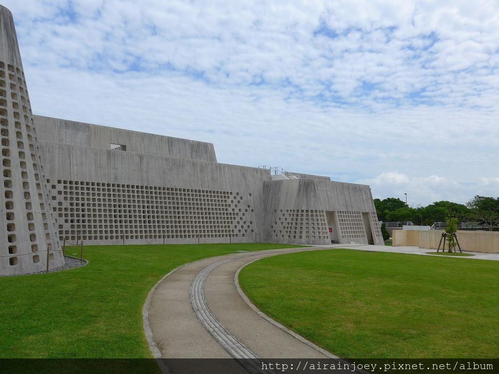D09-048 沖繩縣立博物館.jpg