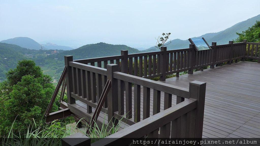 台北市-陽明山-巴拉卡公路-小油坑觀景台02.jpg