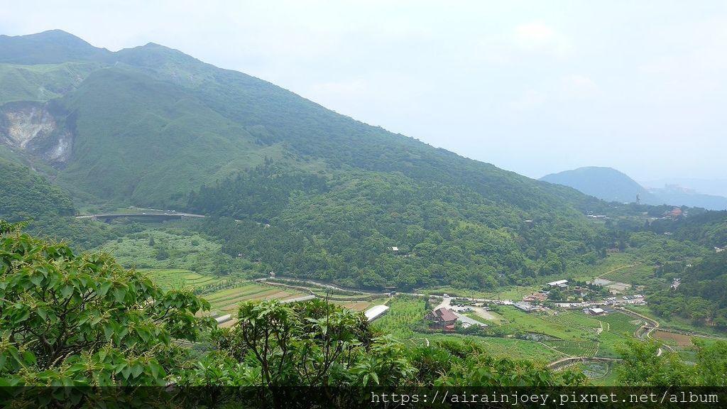台北市-陽明山-巴拉卡公路-小油坑觀景台03.jpg