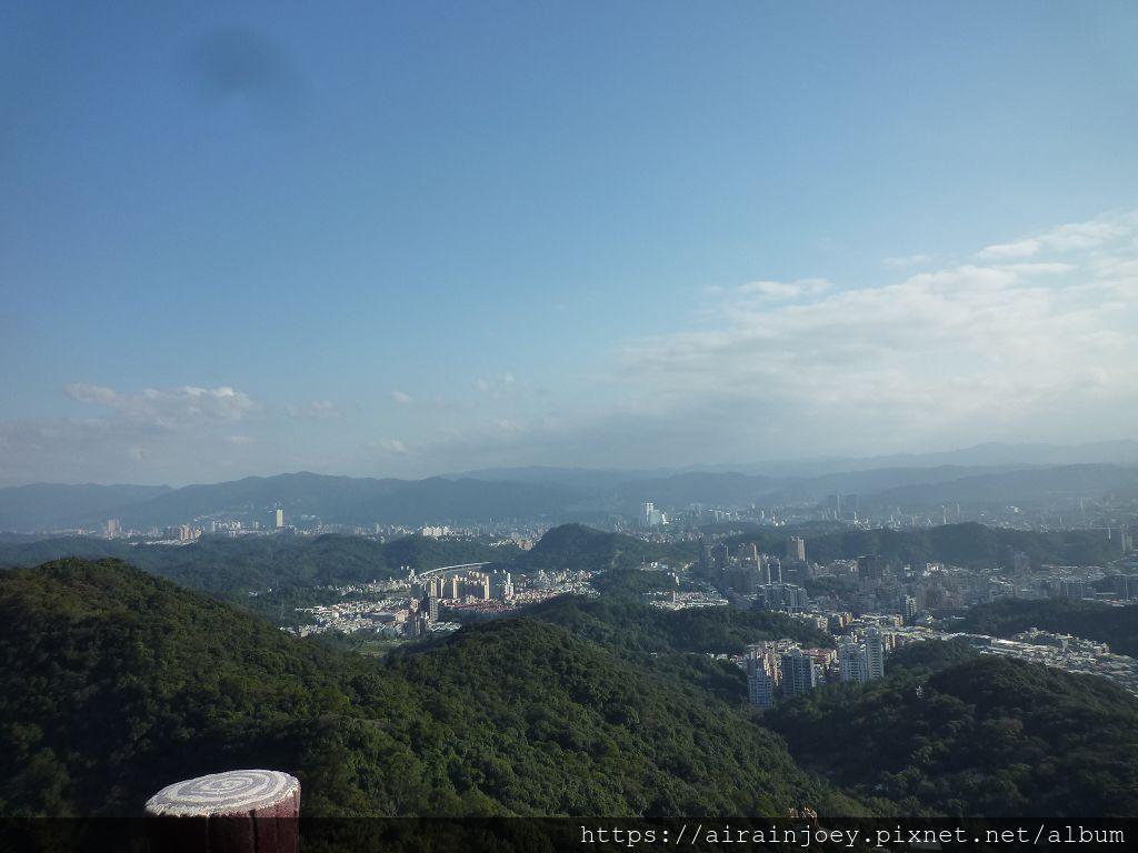 台北市-內湖-碧山巖03.jpg