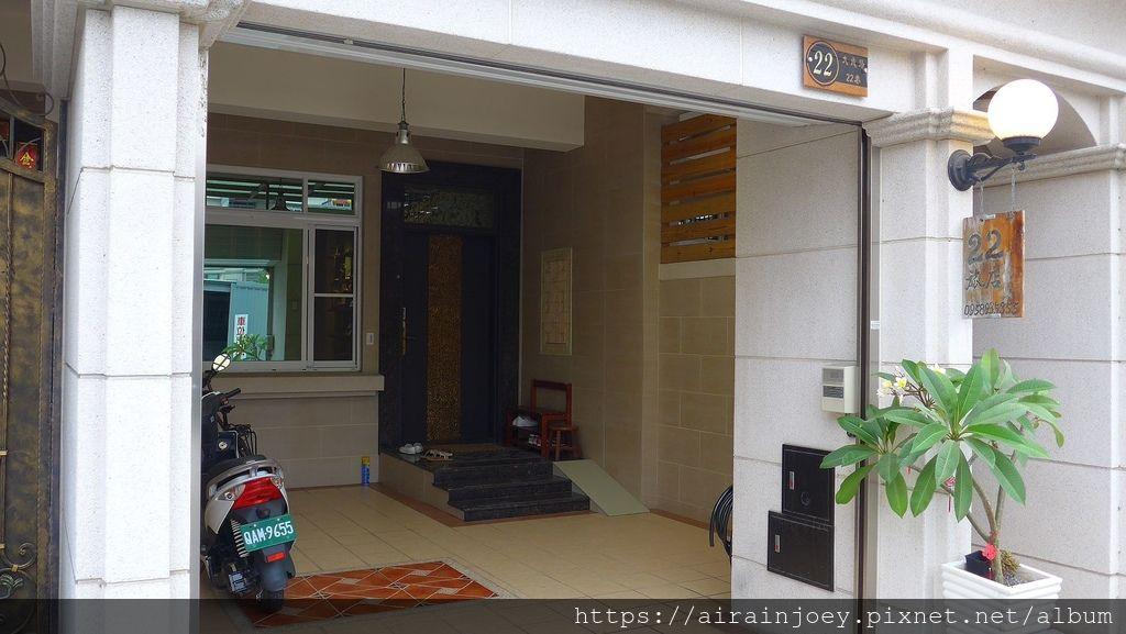 D01-166 東港22號旅店.JPG