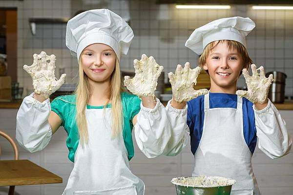 foodish-cooking-school-cooking-classes-kids-cookin1.jpg