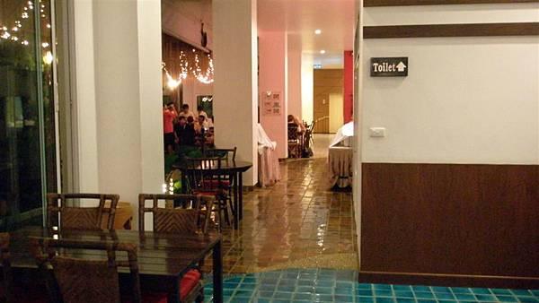 第二晚到第四晚的飯店-sea orchied渡假風很棒