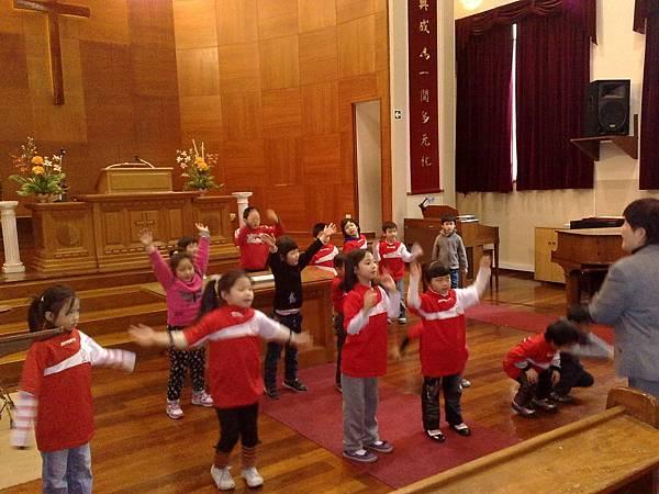低年級組唱遊