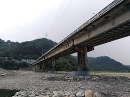 橋梁.jpeg
