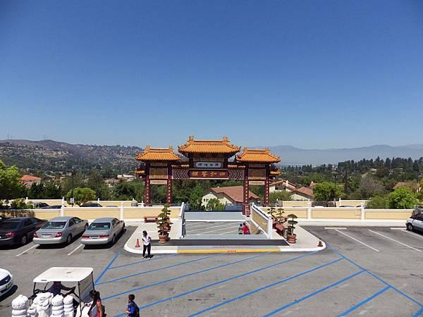 參觀西來寺