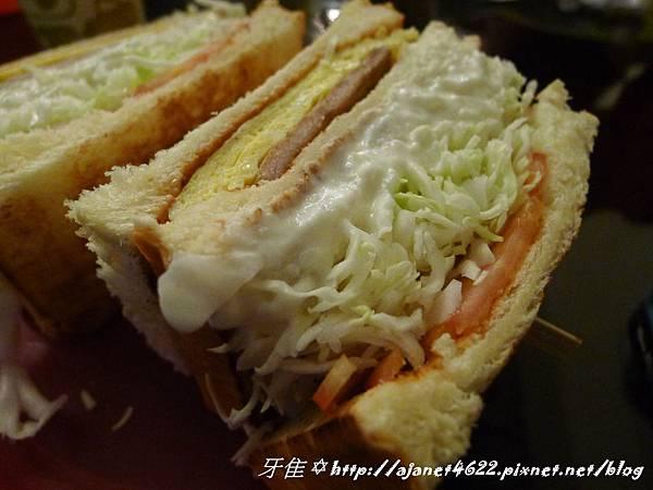 【早午餐●炭烤厚切吐司】--- 豐盛號 台灣人的早午餐 brunch