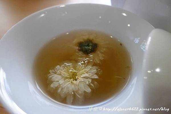【養生漢飲】來大稻埕『 緣圓屋 』品茶