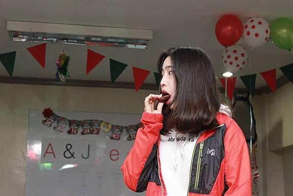 [轉載自碧瑤A&J語言學校台灣專屬部落格] A&J e-eduDC Christmas Party in 2015(下)