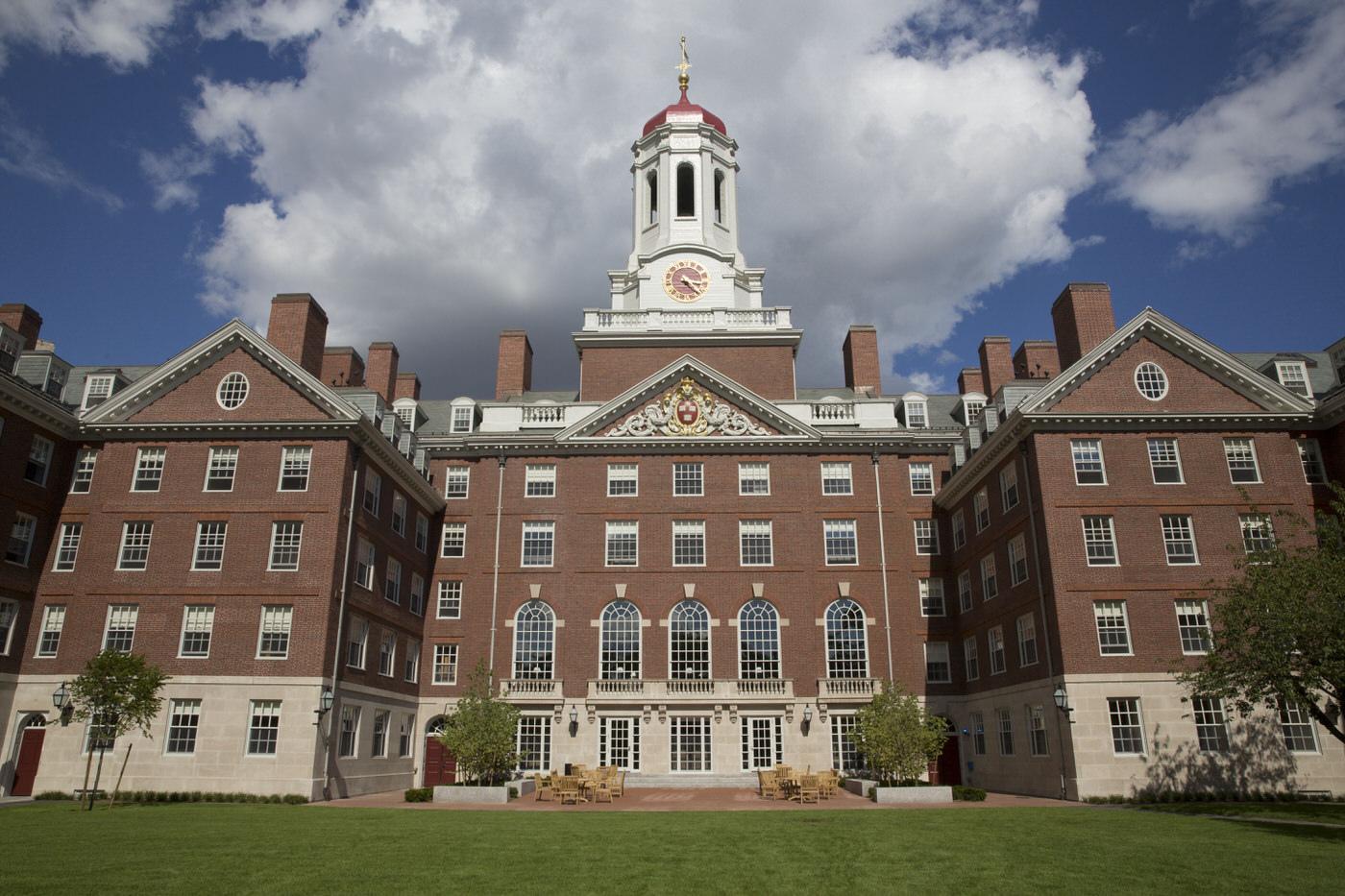 Harvard 哈佛大學 - 是College還是University?美國第一間學院 - 美國大學|申請大學|百大名校|國際學校|XL ACADEMY|國外留學|英文教學