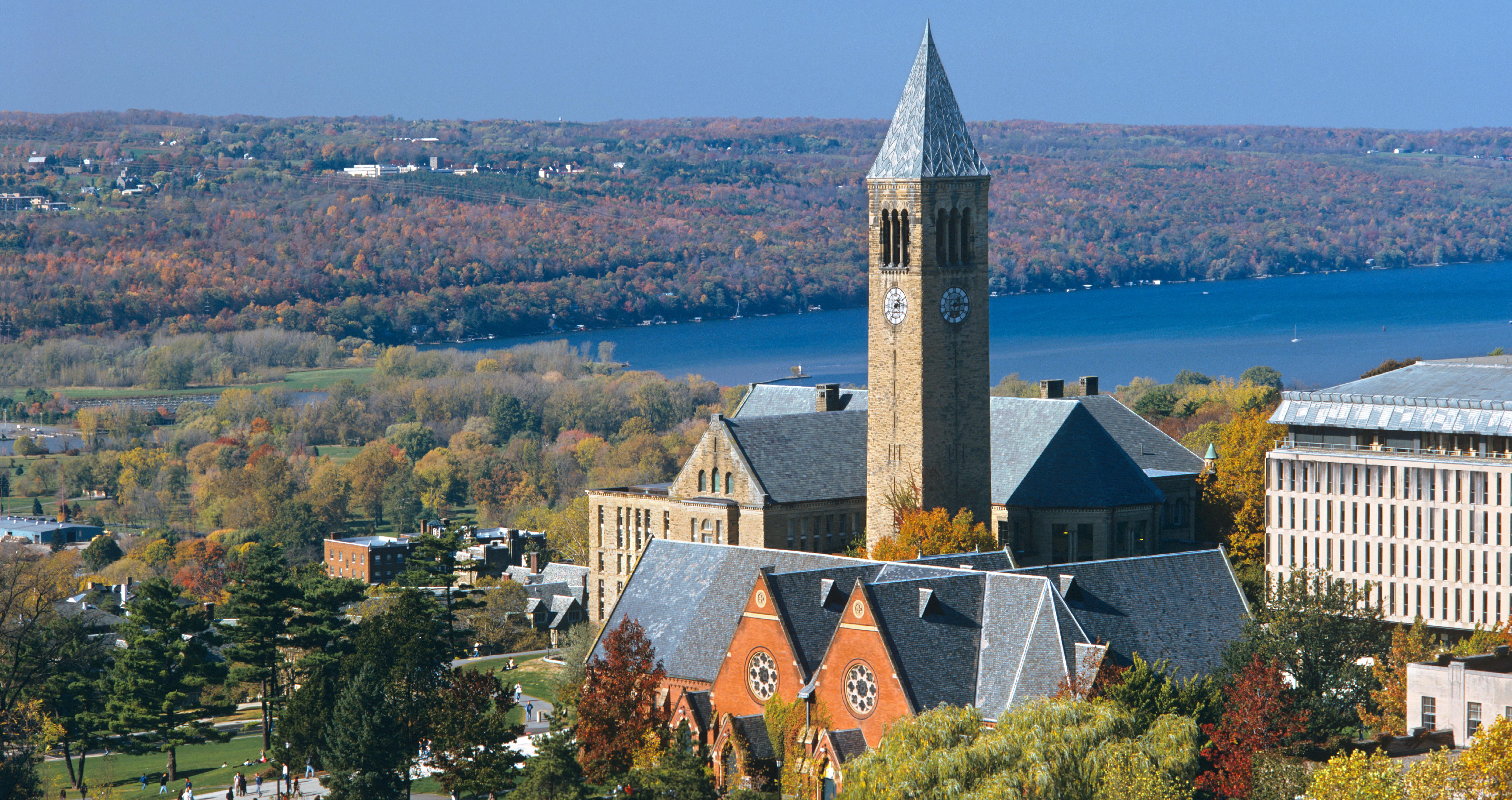 Cornell 康乃爾大學 - 山環水繞,環境清幽,彷彿置身童話的頂尖學府
