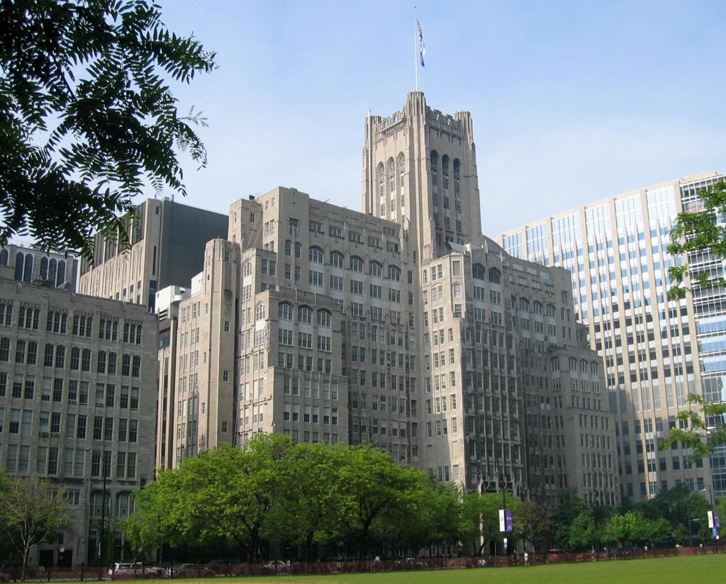 NU 西北大學 - 位在芝加哥北方,緊鄰湖畔的優質學府