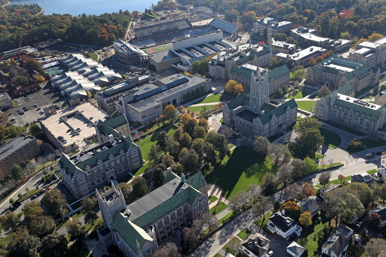 BC 波士頓學院 – 擁有北美洲最早的哥特式建築優秀高等教育機構